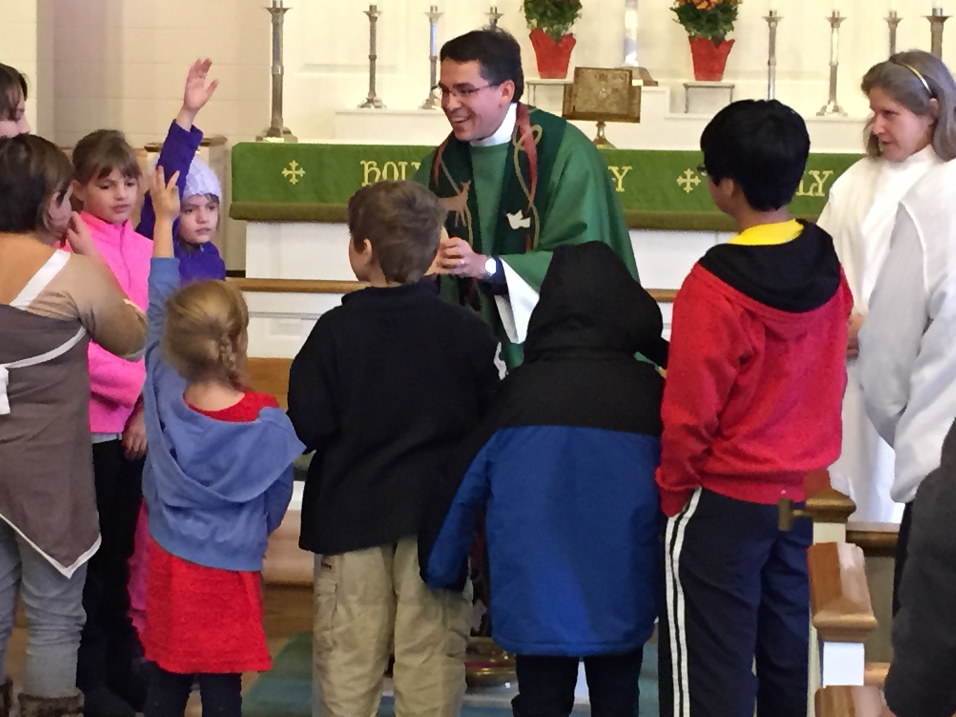 Father Jerry teaches children about Holy Communion at our 3rd Sunday of the Month Children's Eucharist.